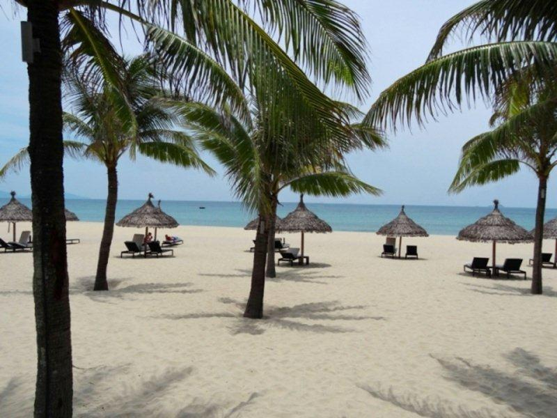 the-boutique-hotel-hoi-an-vietnam-beautiful_beach